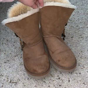 UGGs Size 10 with removable charm